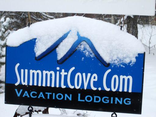 Summit-Cove