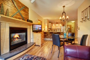 SilverMill Condo with new upgraded hardwoods and more!