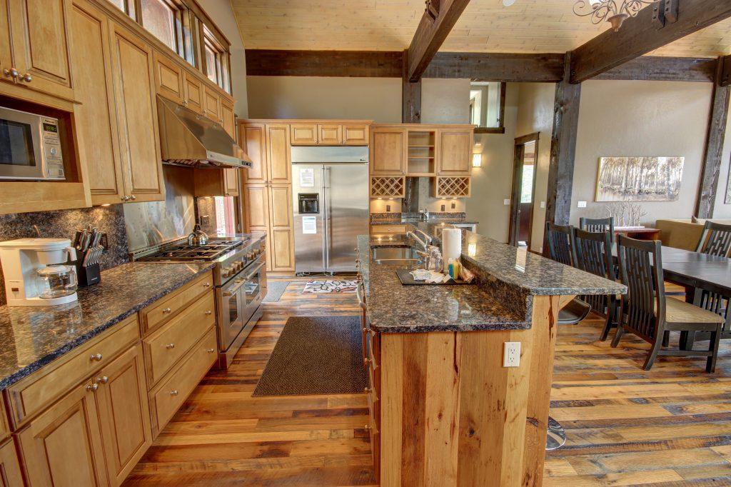 North Fork Lodge Vacation Rental Dream Kitchen