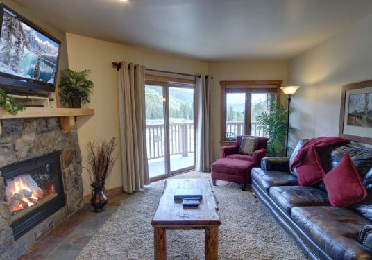 Comfortable living room at red hawk lodge two bedroom condo