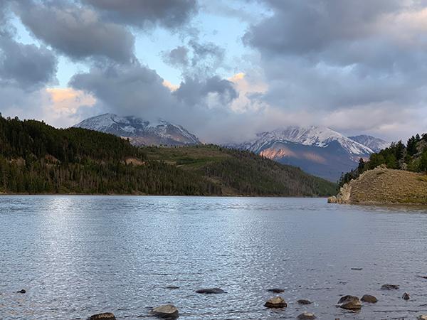 Snowy Peaks 2019