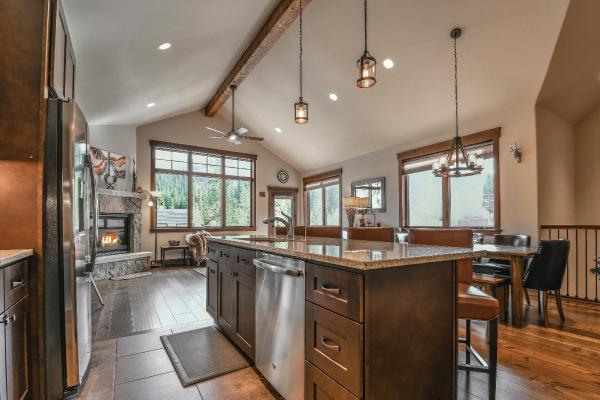 gourmet kitchen alders rentals keystone resort co townhome