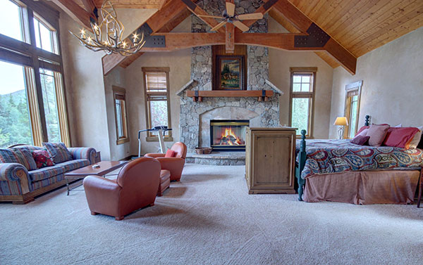 Grand master suite at Keystone Gulch Vacation Home