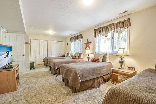 Kids single room at Lazy K Vacation Home Vacation Rental in West Keystone