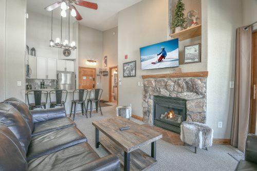 Cozy Ski Vacation Rental Condo at Hidden River
